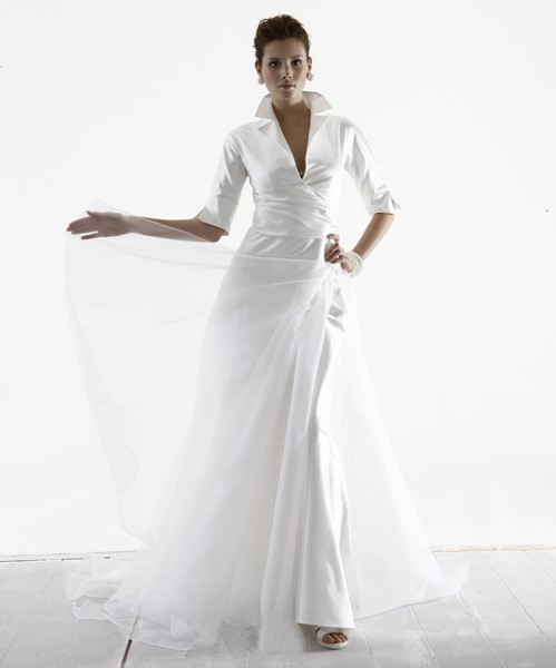 The mature bride and also the modern wedding gown for Wedding dresses for plus size mature brides